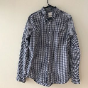 Gap Men's Blue and white button up shirt